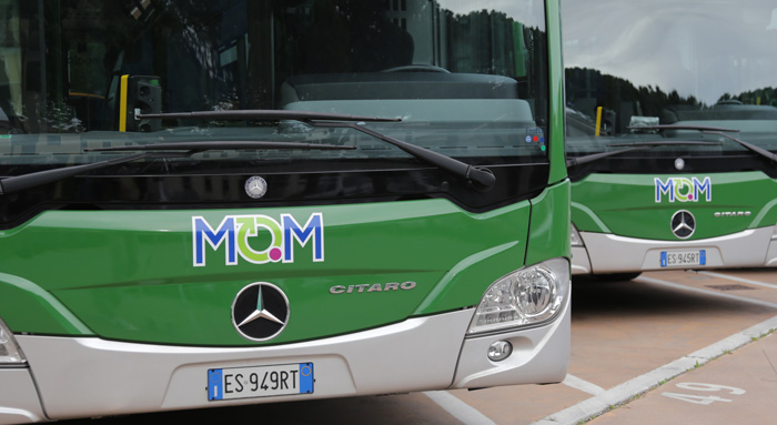 Native servizio fotografico mezzi MOM Mobilità di Marca