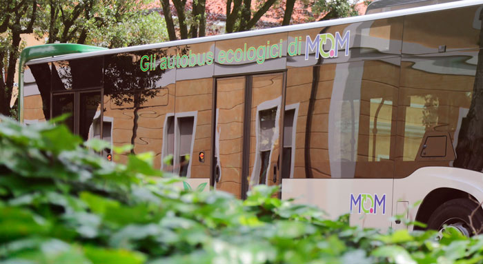 Native servizio fotografico per MOM Mobilità di Marca